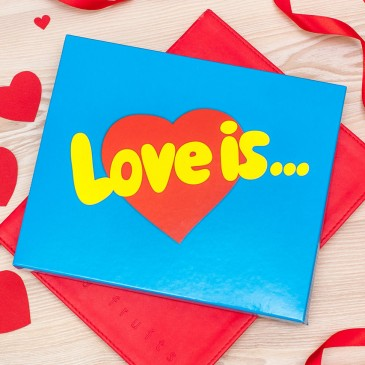 Шоколад с фото «Шокопазл» в коробке «Love is…»